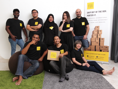 Yellow Porter team pix with founder & CEO Vimal Kumar (seated, middle).