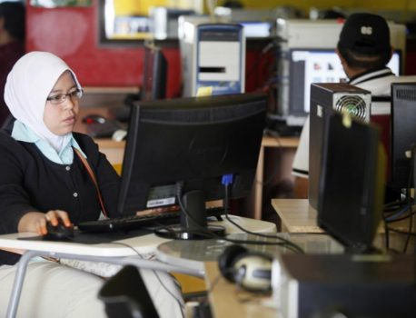 Malaysia wins in Islamic finance but its tech start-up ecosystem | Digital Asia | Latest Technology News